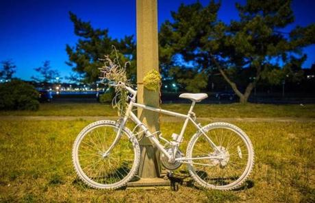 09/23/2012 DORCHESTER, MA A white bike has been placed along Morrissey Boulevard (cq) in Dorchester where a bicyclist was struck and killed. (Aram Boghosian for The Boston Globe)